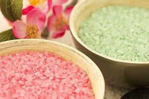 Clearance Spicy Red Hot Scented Bath Salts: 1 lb Bag